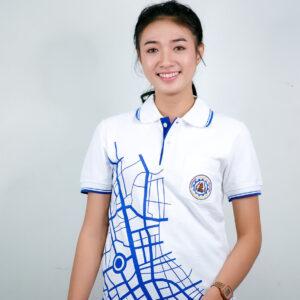 เสื้อโปโล สีขาว + ขอบ สกรีนสีฟ้า